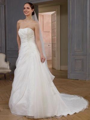 Robe de mariée Bucarest de Point Mariage : Robes de mariée : oui aux ...