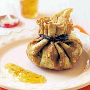 aumônière aux pommes, chocolat et marmelade d'oranges amères