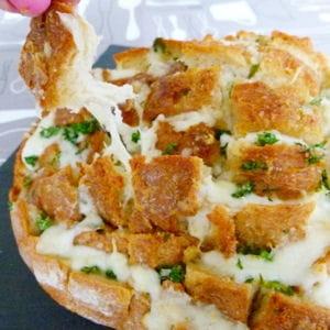 pain hérisson à l'ail et à la mozzarella