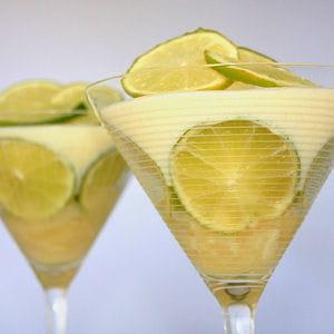 mousse de citron vert et ananas