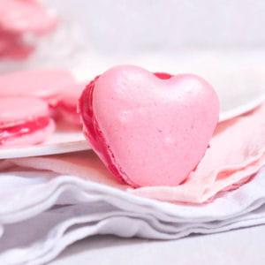 macarons coeur au chocolat blanc et pomme