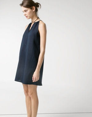 harmoniser pour cacher les rondeurs a chaque morphologie sa robe journal des femmes. Black Bedroom Furniture Sets. Home Design Ideas