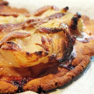 pissaladière aux échalotes sans gluten