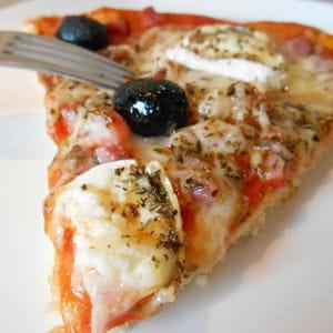 pizza lardon et chèvre