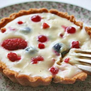 tartelettes au chocolat blanc et aux fruits rouges