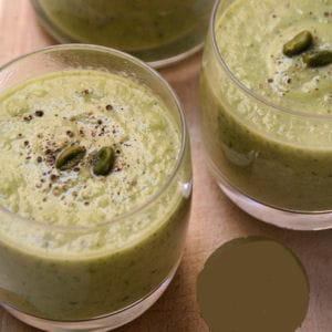 gaspacho de courgettes aux pistaches