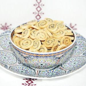 petit biscuits à la moutarde et au pavot