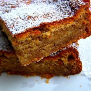 gâteau fondi-moelleux aux bananes, à la vanille & aux zestes de citron