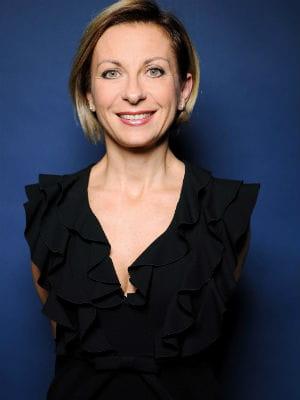 natalie dessay bio Natalie dessay triumfovala ve velice úspěšné inscenaci mary zimmerman jako  křehká hrdinka tohoto donizettiho díla při premiéře, která zahájila operní sezónu .