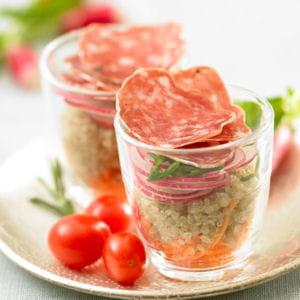 verrine de quinoa et saucisson sec