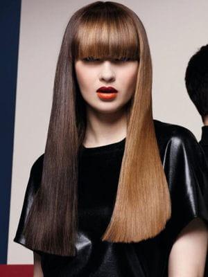 des cheveux longs en mode graphique le top des tendances coiffure pour les cheveux longs. Black Bedroom Furniture Sets. Home Design Ideas