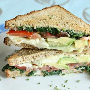 club sandwich saumon, épinard et avocat