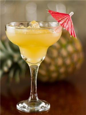 fruit et alcool : un mélange très calorique.