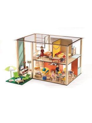 une belle maison de poupées !
