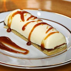 bûchette de noël vanille coeur coulant caramel au beurre salé et son