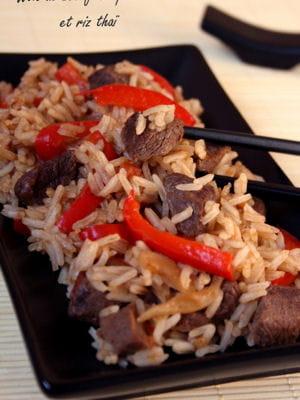 recette minceur wok de b uf aux poivrons et riz tha vos recettes minceur de l 39 hiver. Black Bedroom Furniture Sets. Home Design Ideas