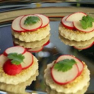 petites tartines aux radis pour l'apéro