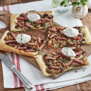 tarte fine aux allumettes, chèvre, champignons au cumin