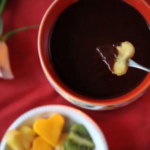 fondue au chocolat, coco et poivre voatsiperifery
