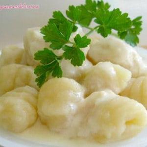 gnocchis en sauce au parmesan