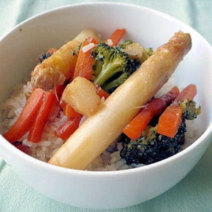 riz sauté aux légumes printaniers
