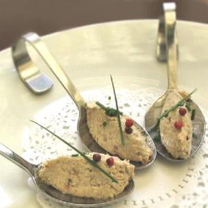 cuillères apéritives de maquereaux aux baies roses