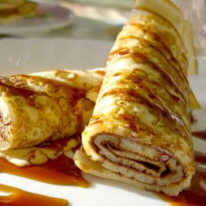 Pour une cr pes party le caramel une gourmandise ultime journal des femmes - Crepe party tefal recette ...