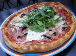 pizza regina au toma pizza