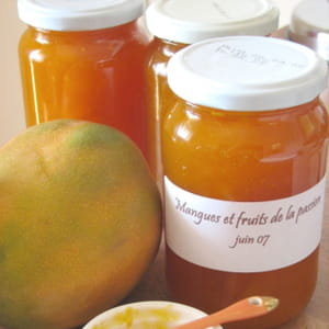 confiture de mangues et fruits de la passion