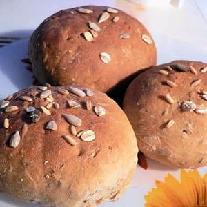 petits pains vapeur au seigle et au cumin