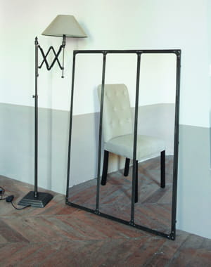 le parfum de la beaut miroir industriel maison du monde. Black Bedroom Furniture Sets. Home Design Ideas