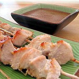 yakitori et sauce japonaise