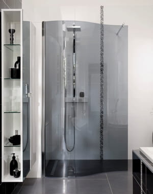 d ferlante dans la salle de bains douche l 39 italienne. Black Bedroom Furniture Sets. Home Design Ideas