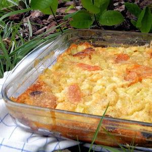 clafoutis à la rhubarbe, cannelle et abricots secs