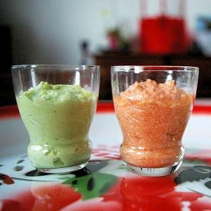 mousses avocat-coco, tomate-feta et caviar d'artichaut