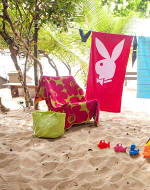 Ce matin un lapin quand les draps de bain d corent la plage journa - La redoute drap de plage ...