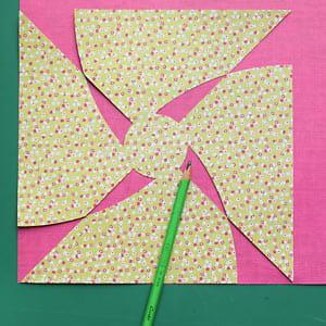 Fabriquer un moulin à vent en papier. 635684-detourer-le-second-carton
