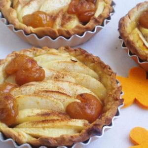 tartelettes pommes-mirabelles à la cannelle