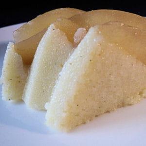 gâteau de semoule à la poire