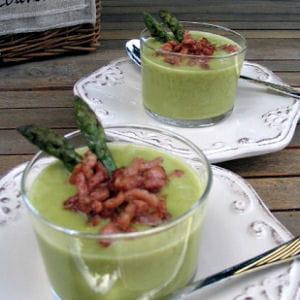 velouté d'asperges vertes au lard fum