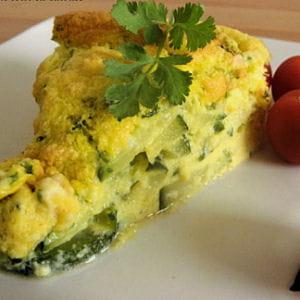 omelette soufflée aux courgettes à la ciboulette