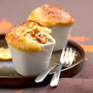 mini pie de saumon à la coriandre