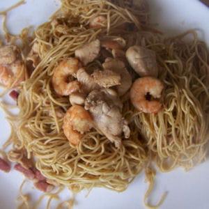 nouilles sautées crevettes et poulet