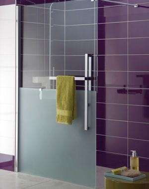 Avec porte serviette int gr douche l 39 italienne for Porte serviette douche