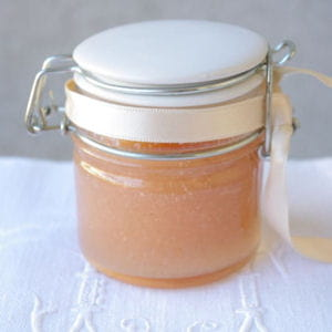 confiture vanille-pêches blanches
