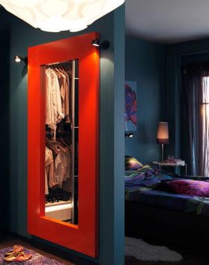 Color block des miroirs tr s d co journal des femmes for Miroir rectangulaire ikea