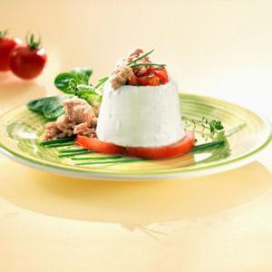 faisselle de tomate et thon