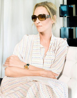 uma thurman et la montre 'crazy carats' de fendi 
