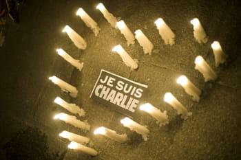 Hommage aux 12 victimes du massacre de Charlie Hebdo