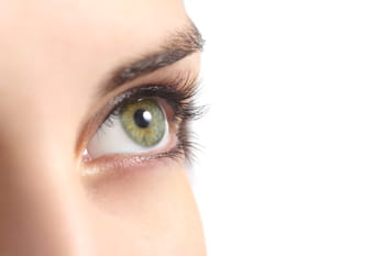 Comment maquiller ses yeux verts